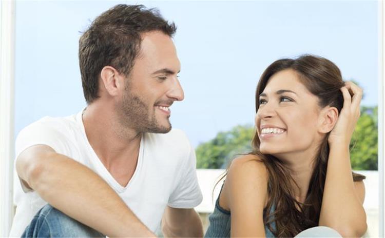 عبارات يحب الزوج سماعها لها مفعول السحر