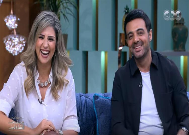 من هي زوجة عمرو محمود ياسين كل ما تود معرفته عنها لهلوبه