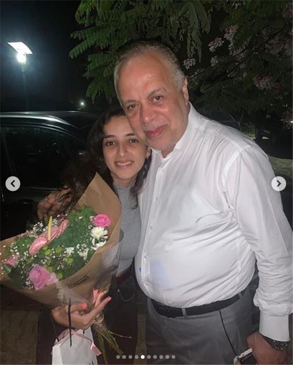 ابنة اشرف زكي وروجينا