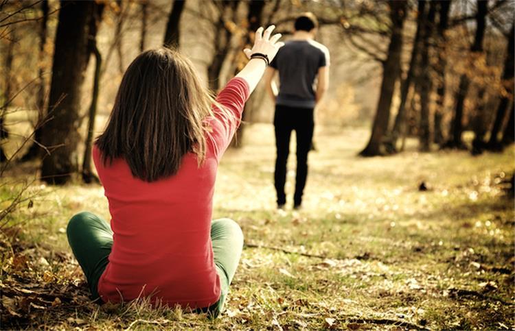 خلاصة التجربة بعد الخروج من علاقة عاطفية فاشلة