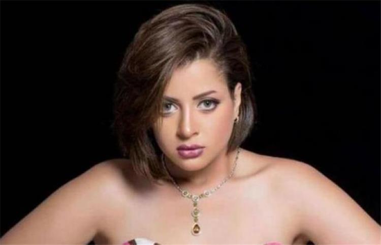 انتحار منى فاروق بعد خروجها من السجن كيف نفت الشائعة
