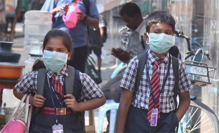عادات صحية لتقوية مناعة الطلاب للوقاية من الإصابة بفيروس كورونا في المدارس
