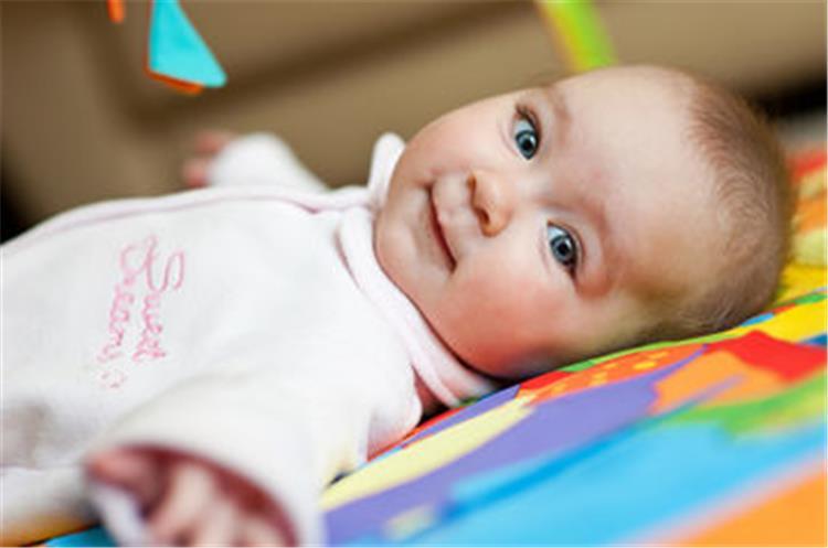 4 تمارين مفيدة لتقوية عظام الاطفال حديثى الولادة