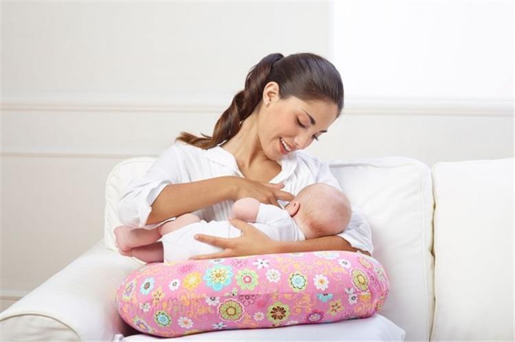 5 نصائح لرضاعة آمنة أثناء الصيام