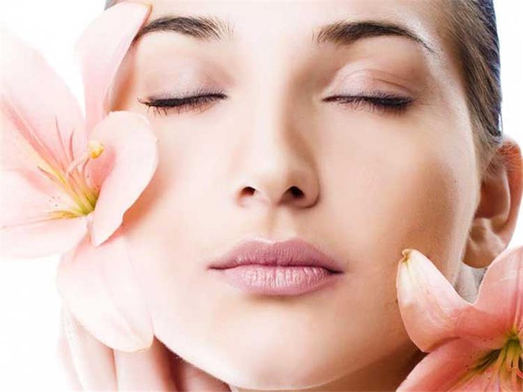 وصفات طبيعية لتبيض الوجه