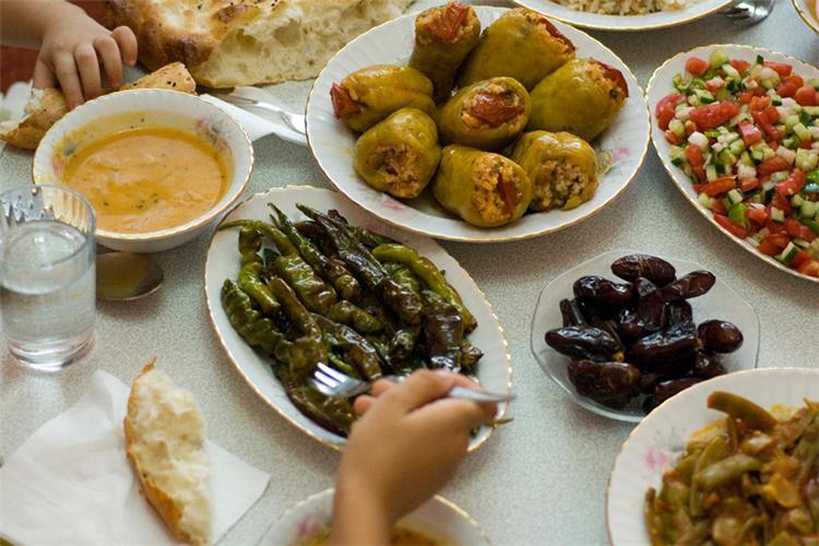 سفرتك في رمضان مكرونة بشاميل بالفراخ وجبنة مقلية