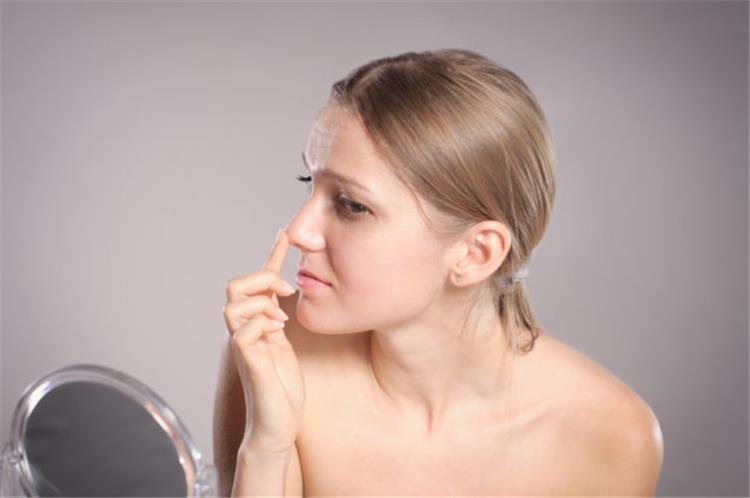 ازالة شعر الانف عادة خطيرة قد تهدد حياتك