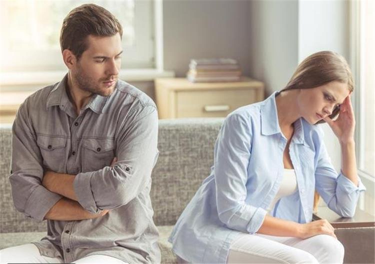مؤشرات تدل على أن علاقتك مع زوجك قاربت على الانتهاء