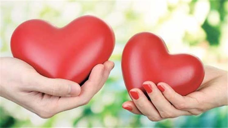 6 هدايا تستطيعين منحهم لزوجك المسافر فى عيد الحب