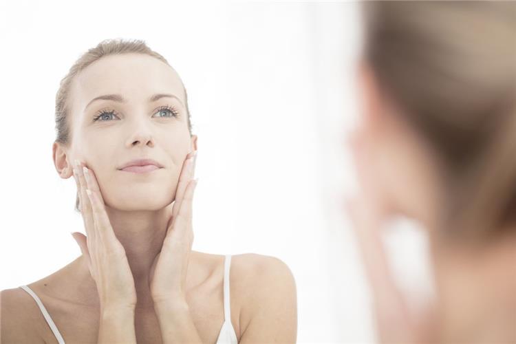 فوائد زيت الحلبة لتفتيح البشرة الأفضل لتبييض الوجه