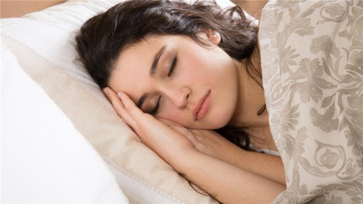 قلة النوم ليل ا يمكن أن تؤدي للعقم