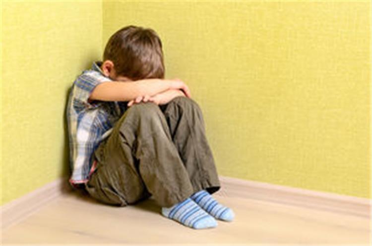 العقاب المناسب للاطفال وفق ا لمراحلهم العمرية
