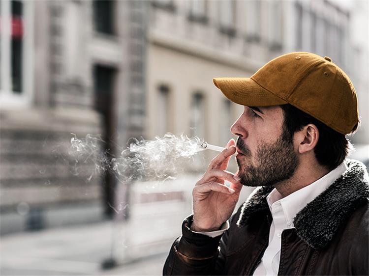 أضرار التدخين على الرجل