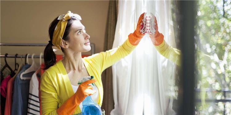 5 أشياء في بيتك احرصي على تنظيفها أسبوعي ا