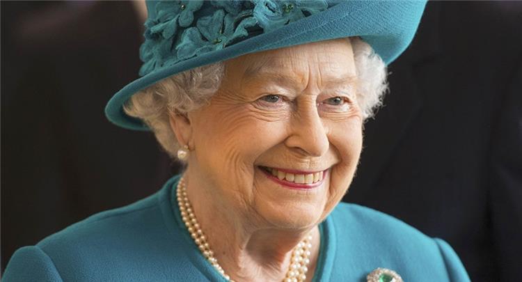 أسرار احتفاظ ملكة إنجلترا برشاقتها رغم التقدم في العمر