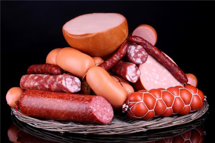 جدول السعرات الحرارية للحوم المصنعة بكل أنواعها