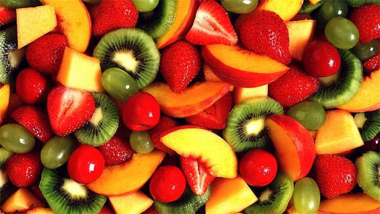 أفضل 10 أنواع فاكهة قليلة السكر مناسبة لمرضى السكر والسمنة