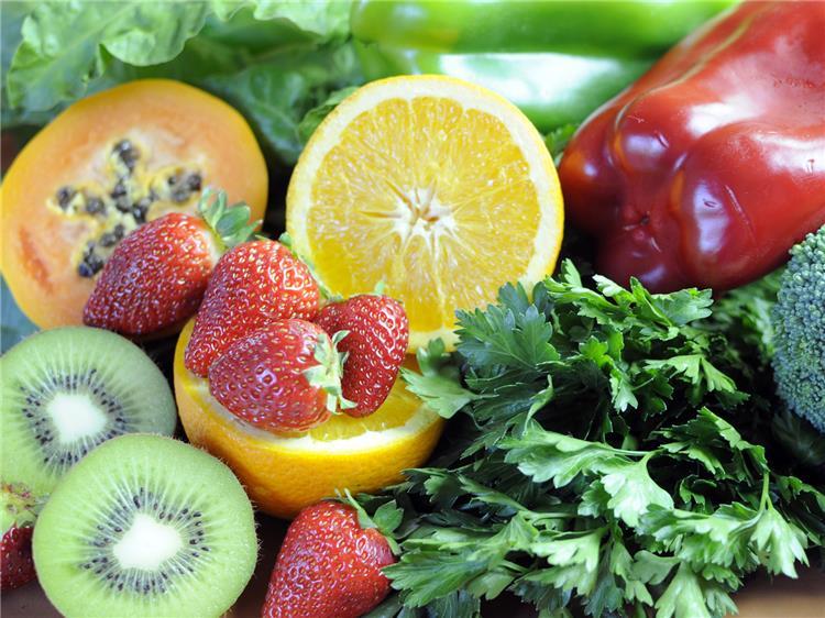 احمي نفسك من الانفلونزا 8 فوائد لفيتامين ج