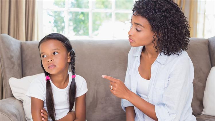5 تصرفات تدمر علاقتك بطفلك تجنبيها