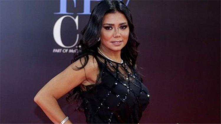 رانيا يوسف تتخطى أزمة الفستان وتهنئ شريهان بمناسبة عيد ميلادها