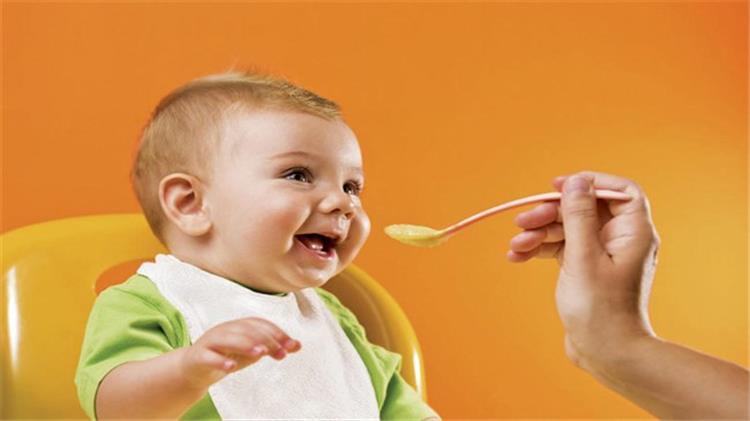 فوائد العسل للأطفال فاتح للشهية وعلاج للأنيميا