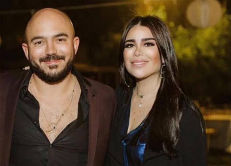 قبلات خطيبة محمود العسيلي له تثير الجدل في حفل عيد ميلادها