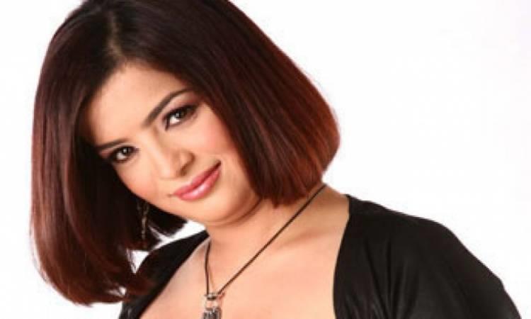 شاهد الفنانة داليا ابراهيم بالحجاب بعد قرار الاعتزال