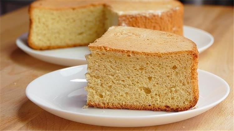 5 طرق لعمل الكيكة الإسفنجية الهشة اللذيذة