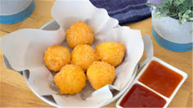 منيو غداء اليوم طريقة عمل البطاطس المهروسة المقلية وسلطة باذنجان