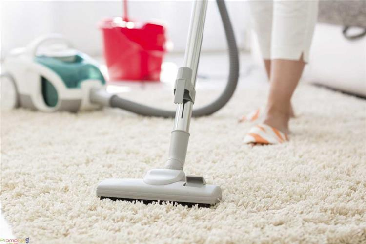 4 طرق فعالة لتنظيف السجاد وكيفية عمل منظف سجاد طبيعي