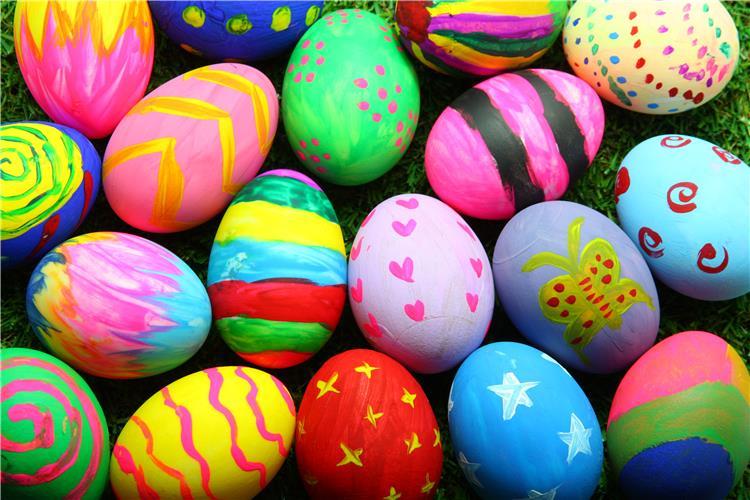 طرق تلوين البيض بألوان الطعام السائلة في شم النسيم لهلوبه