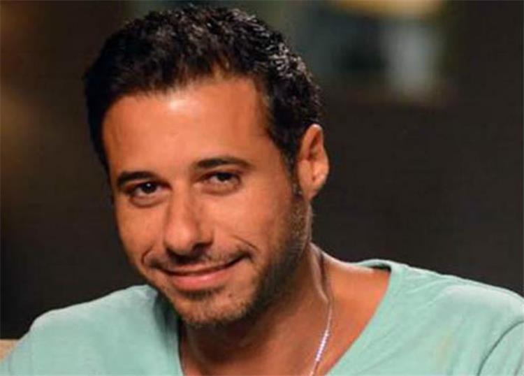 أحمد السعدني ينتقد الفنانين الجهل غير مرتبط بطبقة ولا تعليم أنا بتشتم بسببكم