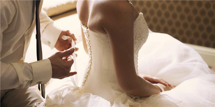 7 خطوات لكسر حاجز الخوف من ليلة الزفاف