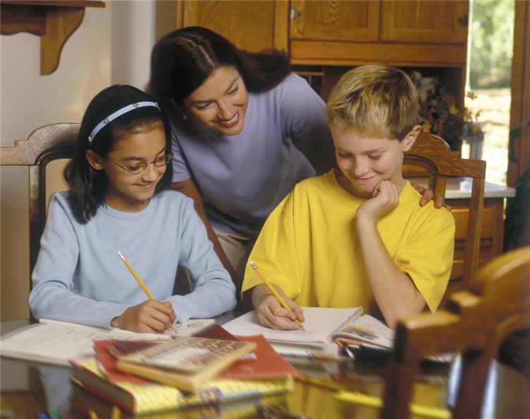 كيفية تعليم الطفل الاعتذار بطريقة فعالة
