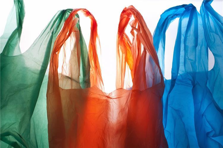 أسهل طريقة لترتيب الأكياس البلاستيك