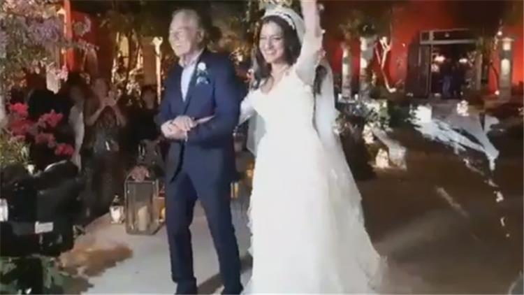 10 صور من حفل زفاف ابنة مصطفى فهمي والأخير يظهر بكامل أناقته