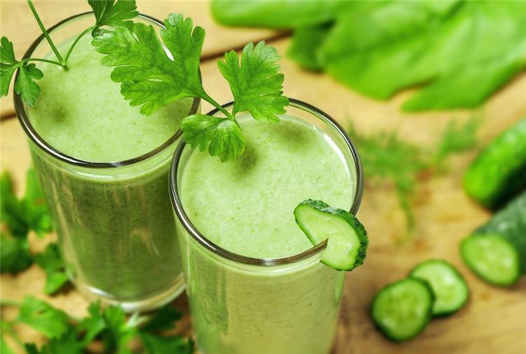 10 فوائد صحية لشرب عصير الخيار تعرفي عليها