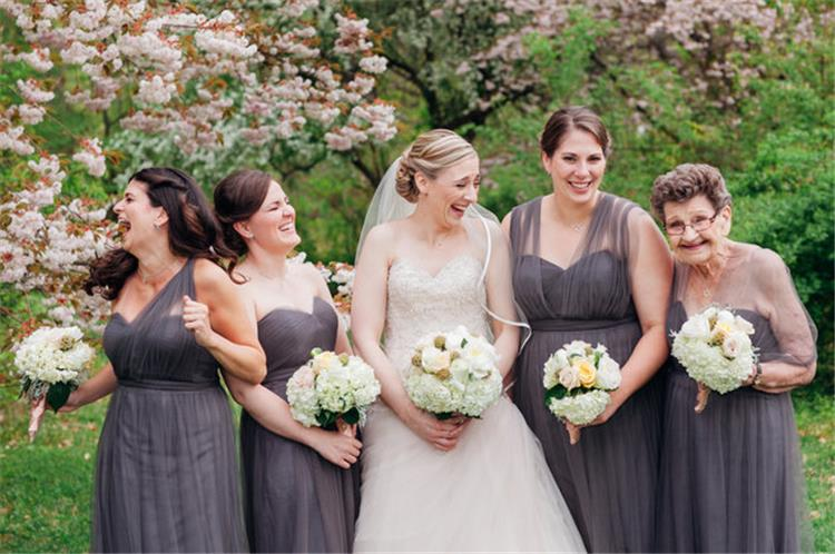 5 نصائح للاهتمام بكبار السن في حفل الزفاف