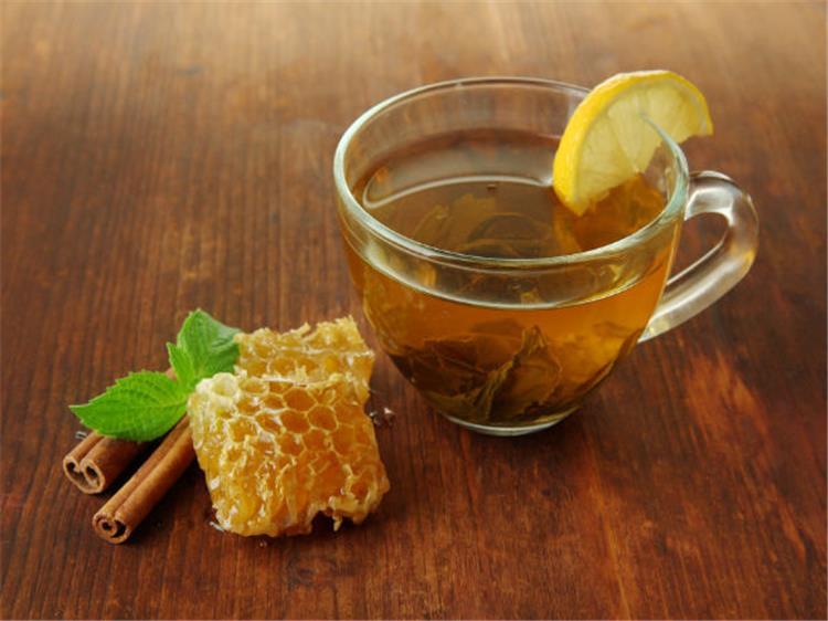 6 فوائد مذهلة لمزيج العسل بالقرفة