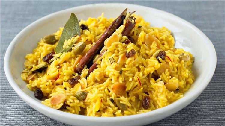 طريقة عمل الأرز البسمتي بالرنجة في شم النسيم