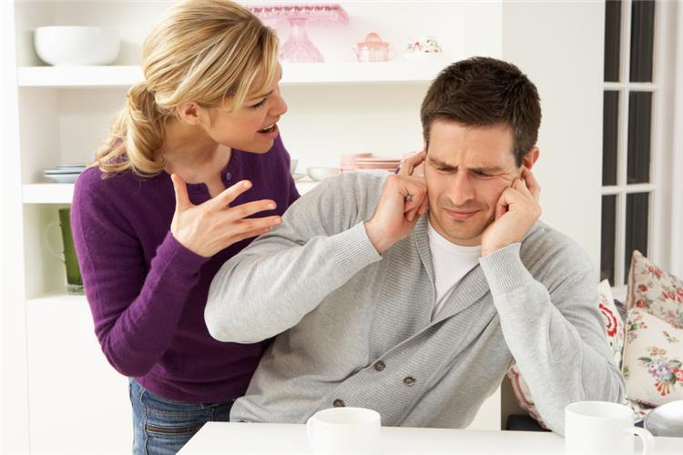 اسئلة يكره الرجل سماعها من شريكة حياته