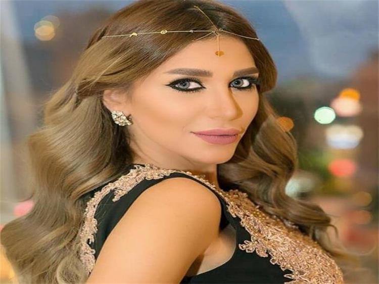 سارة نخلة تثير الجدل بحديثها عن قضية زوج نانسي عجرم فادي مجرم قاتل وهي عارفة كويس