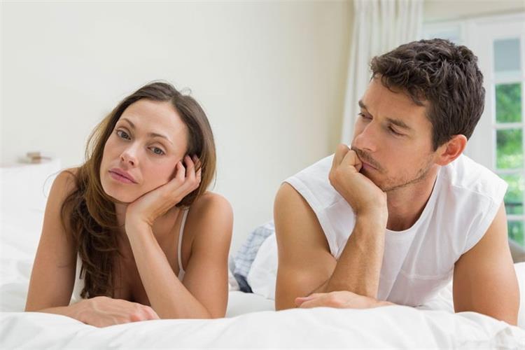 5 أسباب نفسية تدفع زوجتك لرفض العلاقة الحميمة والنفور منها