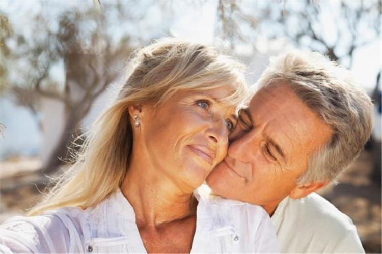 ماذا تحتاج المرأة في سن اليأس