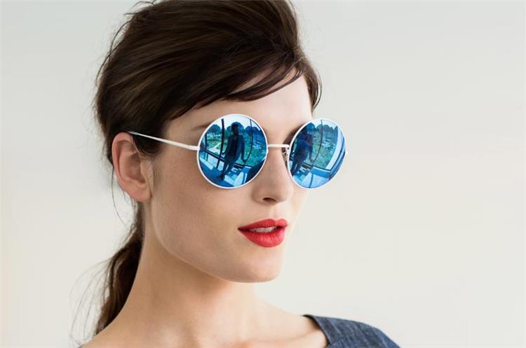 النظارة الدائرية تتربع على عرش موضة النظارات الشمسية لعام 2018