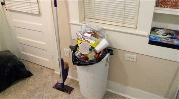 5 نصائح مضمونة تخلصك من الرائحة الكريهة لسلة القمامة في البيت