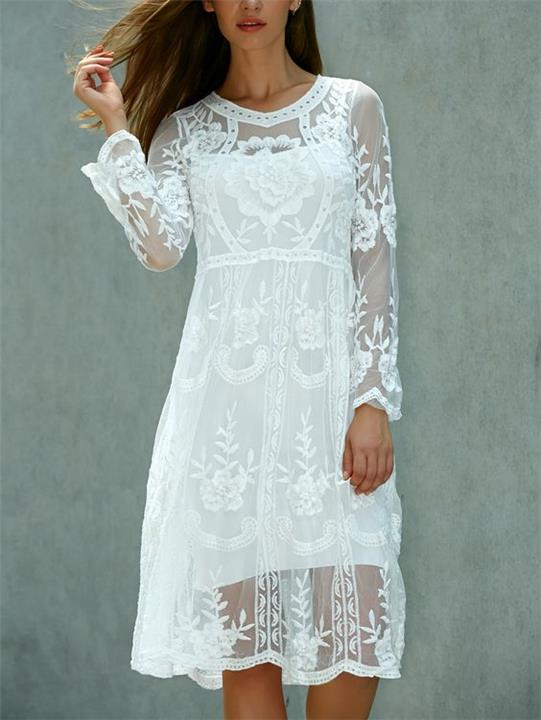 فساتين lace dresses للتمتع بإطلالة ناعمة في الصيف