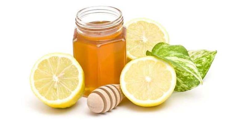 الفوائد الصحية والتجميلية لخليط العسل بالليمون
