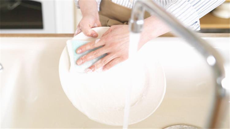 استعداد ا لرمضان 4 نصائح تسهل عليك غسل المواعين