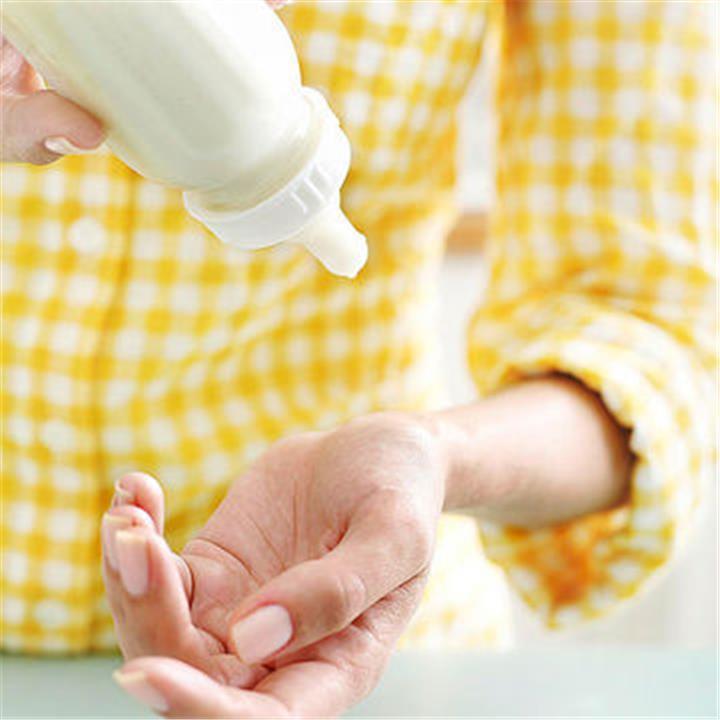 طريقة تسخين ببرونة الطفل بشكل صحي